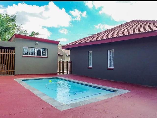 3 Bedroom House For Sale in Protea Park | Realtors International